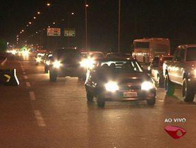 Após quatro dias de feriado, foliões retornam para suas casas, no ES - Veja o movimento das estradas.