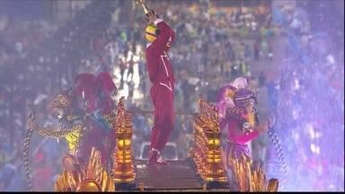 Unidos da Tijuca comemora vitória no Carnaval do Rio - Escola de samba mostrou a trajetória de Ayrton Senna na Fórmula 1. Na noite de quarta-feira (5), a Unidos da Tijuca comemorava o título na quadra.