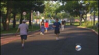 Após carnaval, foliões vão para a academia para perder peso - Educadora alerta para cuidados necessários durante as atividades físicas.