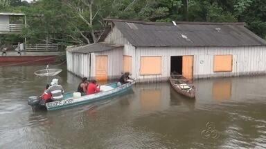 Em Apuí, comunidades estão isoladas devido a cheia do Rio Madeira - Famílias estão precisando abandonar as casas.