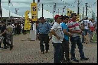 Inicia a 15ª edição da Expodireto - A feira do agronegócio atrai visitantes de várias regiões do país e do mundo.