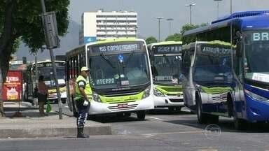 Prefeitura do Rio decide aumentar benefício do Bilhete Único municipal em meia hora - A partir do dia 22 de março, os passageiros terão duas horas e meia para usar dois ônibus municipais com o benefício.