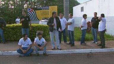 Agentes de três presídios da região de São Carlos aderiram à greve - Agentes de três presídios da região de São Carlos aderiram à greve