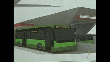 Ministério das cidades assina convênio para a instalação de transporte rápido em Londrina - O serviço será parecido com os ligeirinhos de Curitiba. Terá várias estações na cidade para embarque e desembarque de passageiros.