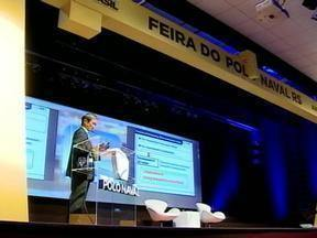 Feira do Polo Naval é aberta oficialmente em Rio Grande, RS - Governador do RS, Tarso Genro, participou do evento.