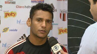 Botafogo e Linense se enfrentam no sábado (15) - Comercial deve torcer por vitória do rival para se livrar do rebaixamento.