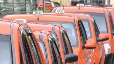 Urbs analisa propostas de candidatos a taxistas - São 1919 candidatos disputando as 750 novas licenças.