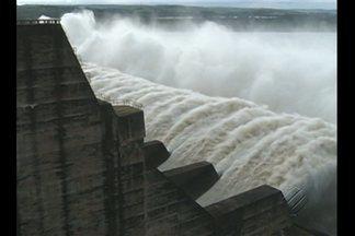 Em Tucuruí, o nível do rio Tocantins está baixando, segundo a Eletronorte - Mesmo assim, Defesa Civil alerta para riscos de enchentes.