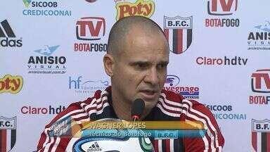 Botafogo enfrenta Linense fora de casa - Técnico Wagner Lopes fala sobre equipe e busca de mais uma vitória.