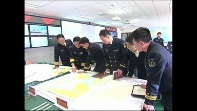 Fantástico investiga mistério do desaparecimento de avião na Ásia - O Fantástico vai entrar num simulador do boeing 777, o mesmo modelo do aeronave desaparecida, para tentar entender o que pode ter ocorrido com o piloto.