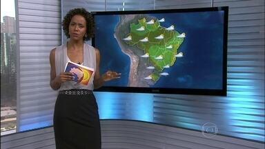 Veja a previsão do tempo para esta quinta-feira (20) em todo o Brasil - Tem alerta de chuva forte no Acre, Rondônia e em parte do Amazonas. No sudoeste do Paraná, o temporal inundou 40 casa em Francisco Beltrão. O tempo fica firme entre o leste do Rio e Sergipe.