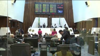 Deputados aprovam aumento de capital da Sanepar - Dois secretários foram exonerados para reforçar o bloco do governo.