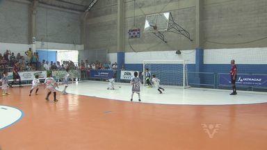 Copa Corpo em Ação de Futsal invadiu a quadra do Gremetal - Quase 100 gols foram marcados