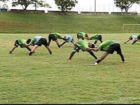 Sob pressão, Uberlândia e Tricordiano se enfrentam pelo Módulo II - Equipe do Triângulo Mineiro vem de derrota para o Mamoré, em Patos de Minas. Time do Sul do estado está na lanterna do hexagonal final do Mineiro