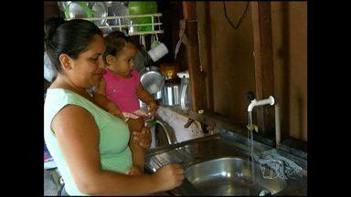 Comunidade aprende a economizar água - Os moradores do bairro Jaderlândia, em Santarém, comemoraram o dia da água com ação que também pretende evitar o racionamento de água por causa do sistema precário de abastecimento.