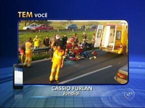 Motociclista bate em veículo em rodovia e fica gravemente ferido em Jundiaí - Um acidente deixou um motociclista ferido e o tráfego lento por quase uma hora na rodovia Dom Gabriel Paulino Bueno Couto, em Jundiaí (SP), na tarde desta segunda-feira (24). A vítima bateu em um carro no KM 63.
