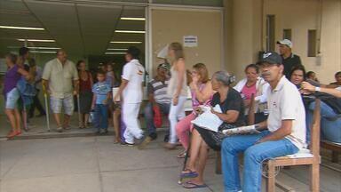 Servidores da UFPE entram em greve por melhores salários - Pacientes do Hospital das Clínicas são os mais prejudicados com a paralisação.