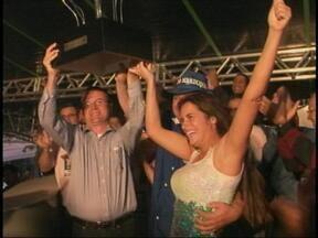 Domingo foi dia de apurar as notas dos desfiles do carnaval de Uruguaiana, RS - Após a última noite de desfiles, os foliões não tiveram muito tempo para descansar.