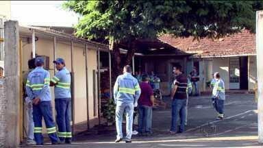 Funcionários da CMTU de Londrina fazem operação tartaruga - Eles cobram melhores condições de trabalho.