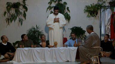 Paróquia de Santa Terezinha Do Menino Jesus começa a ensaiar 'A Paixão de Cristo' - O espetáculo, que vai acontecer no bairro da Serraria, envolve fiéis de vários municípios.