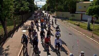 Pedal Centro América reúne ciclistas pelas avenidas de Cuiabá - Pedal Centro América reúne ciclistas pelas avenidas de Cuiabá.