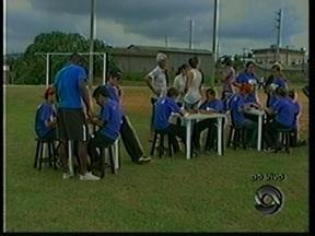 Em Criciúma, Moradores do bairro Cristo Redentor recebem equipe do JA - Em Criciúma, Moradores do bairro Cristo Redentor recebem equipe do JA