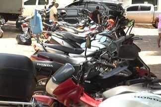 Duas motocicletas que estariam sendo usadas em assaltos em Balsas foram apreendidas - A apreensão foi feita pela Polícia Militar.
