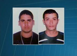 Suspeito de matar filho de radialista é preso em Bezerros, no Agreste - Crime ocorreu em dezembro de 2013, na Praça do Rosário, em Caruaru. Polícia procura ainda por outro suspeito de participar do assassinato.