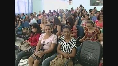 Greve da educação em Ariquemes deixa cerca de 7 mil alunos sem aula - Impasse entre educadores e prefeitura já dura 27 dias. Pais dizem que alunos são os principais prejudicados.