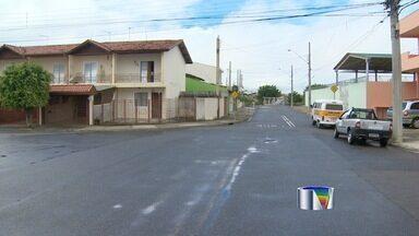 Comerciantes da zona sul de São José dos Campos estão revoltados com onda de assaltos - O prejuízo deles só aumenta. Só esta semana, foram quatro crimes deste tipo.