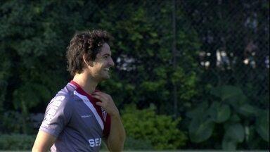 Com Pato e Ganso no time titular, São Paulo encara o CSA-AL pela Copa do Brasil - Descontraído, Muricy Ramalho fala até sobre sexo na concentração em coletiva
