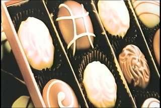 Reportagem mostra as opções mais saudáveis de chocolates, Santa Maria, RS - Estre essas opções, estão os chamados chocolates do bem que podem trazer muitos benefícios ao organismo.
