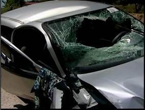 Dois acidentes são registrados na BR-116 próximo a Teófilo Otoni - Envolvidos tiveram apenas ferimentos leves.