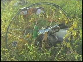 Polícia investiga morte de piloto de paramotor em Araçatuba - A Polícia Civil vai investigar a morte de um piloto de paramotor durante uma prova no fim de semana em Araçatuba (SP). Erro humano durante uma manobra ou falha mecânica são as principais hipóteses investigadas pela polícia.