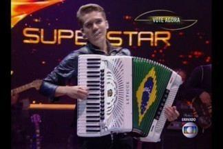Cantor paraibano participa do programa Superstar da Rede Globo - Luan e Forró Estilizado passaram para a próxima fase do Superstar.