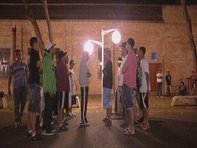 Batalha de rimas - Todas as quartas-feiras à noite, MCs de São José do Rio Preto, se reúnem para a batalha de rimas. Mas nessa batalha, valem as palavras.