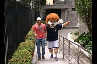 Mascote do Leão continua dando o que falar - Mascote do Leão continua dando o que falar