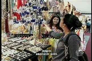 Feincartes está aberta para visitação até o dia 10 de maio - A feira oferece a oportunidade de conhecer a produção cultural do Brasil e mais 13 países.