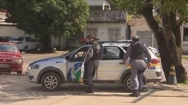 Quatro homicídios são registrados na madrugada deste sábado (3) no estado - QUATRO HOMICÍDIOS FORAM REGISTRADOS DE ONTEM PARA HOJE NO ESTADO. TRÊS CASOS FORAM COMETIDOS COM O USO DE ARMA BRANCA.