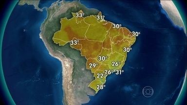 Imagens mostram nuvens carregadas entre o Norte e o Nordeste - Nuvens devem causar temporais entre o Acre e o Maranhão. Ainda deve voltar a chover forte entre o Recôncavo Baiano e o leste de Pernambuco. Tempo ficará aberto em SC, São Paulo, sul do Amazonas, Goiás e sul da Bahia.