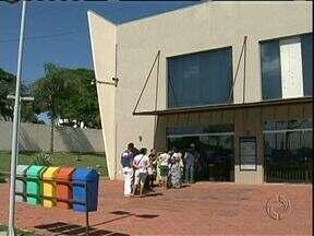 Cartórios vão fazer plantão para atender os eleitores - Os eleitores que ainda não regularizaram a situação, têm até o dia 07 de maio para procurar o cartório eleitoral mais perto de casa.