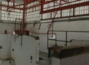 Matadouro interditado prejudica comerciantes em Águas Belas, no Agreste - Falta de higiene motivou interdição do local.