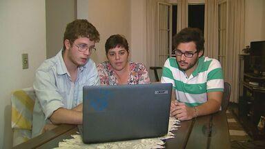 Grupo faz campanha na web e ensina português a haitianos em São Carlos - Grupo faz campanha na web e ensina português a haitianos em São Carlos