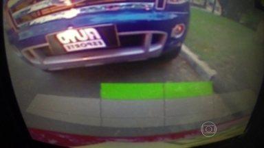 Confira o episódio de estreia da série TecnoDrive - César Urnhani, piloto do AutoEsporte, ensina como usar tecnologias que facilitam na hora de estacionar, como o Park Assist.