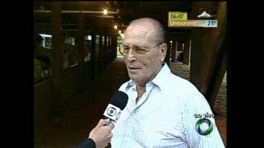 Foi sepultado ontem em Paranavaí o corpo do ex-deputado federal Dionísio Assis Dal Prá - Ele foi um dos fundadores da RPCTV noroeste.