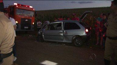 Uma pessoa morreu e sete ficaram feridas em acidente na PR-239 - Acidente foi no trecho entre Iracema do Oeste e Nova Aurora.