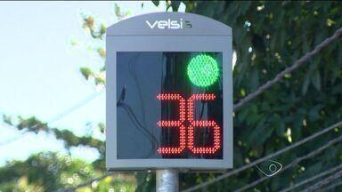 Radares em rodovias estaduais do ES e na Terceira Ponte voltam a funcionar - Volta do funcionamento ocorreu nesta segunda-feira (12) e motoristas já estão sendo multados.