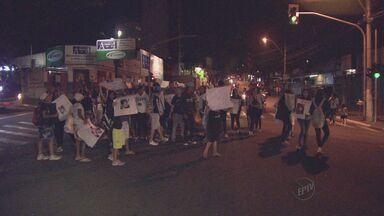 Moradores do Jardim Proença em Campinas protestam por atropelamento de criança - Moradores do Jardim Proença em Campinas protestam por atropelamento de criança no fim de semana.