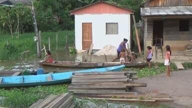 Cheia do rio Madeira prejudica famílias de Nova Olinda do Norte, no AM - Muitos moradores deixaram suas casas; ruas estão sendo interditadas.