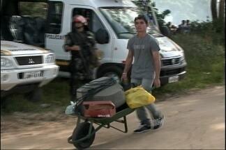 MST deixa fazenda na Colônia Z3 - Área era ocupada há catorze dias